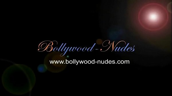Bollywood Girl Is Happy To Dance
