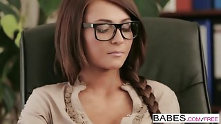 Babes – Office Obsession – Alexis Brill and Viktor Solo – Ir