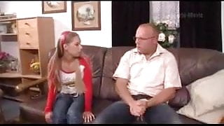 HYE Pappy And Daughter Come To A Fucking Agreement !