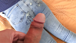 My wife's sister is excited, she masturbates, cumshot jean
