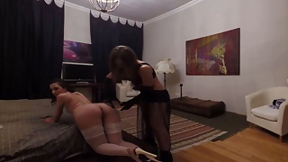The hot house maid and her master's pussy – VR porn